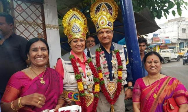 కారులో అమెరికా టూ హైదరాబాద్: ప్రత్యేక ఇంటర్వ్యూ